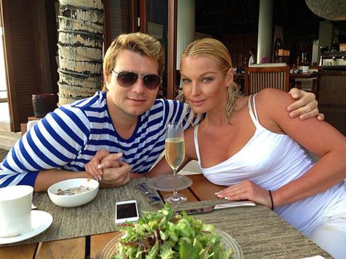 Николай Басков и Анастасия Волочкова на отдыхе