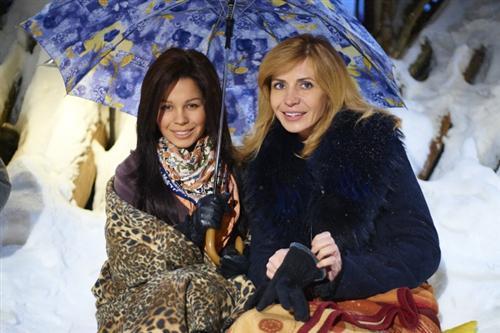 Помолодевшая Ирина Агибалова с Катей Колесниченко