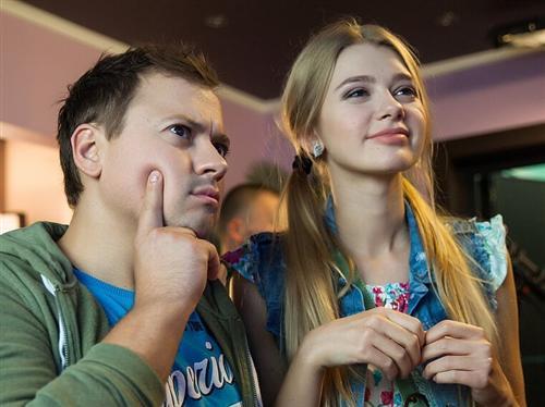 Катя из сериала Саша Таня - актриса Анастасия Зенкович