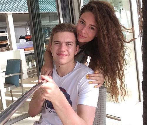Антон Митрюшкин и Яна Сухова