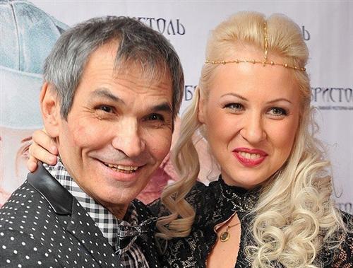 Бари Алибасов и его молодая жена Виктория Максимова