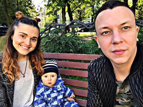 Хулиган Женя Иванов и его жена Диана