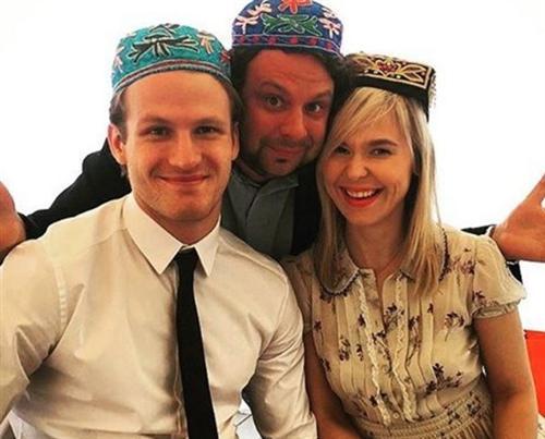 Хоккеист Иван Телегин и Пелагея сыграли свадьбу