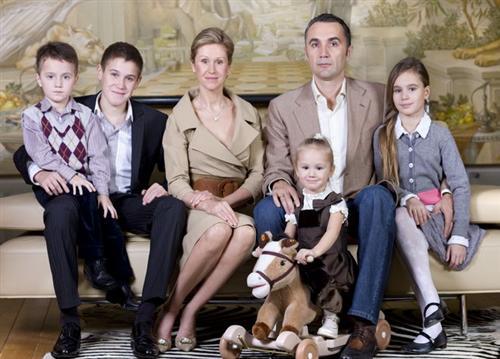 Малика Галлямова с родителями