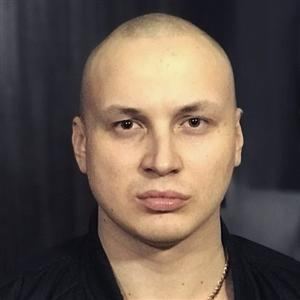 Nigan (Максим Эмират) - фото из Инстаграм