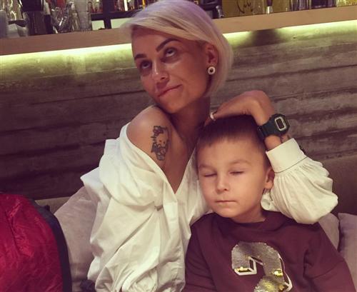 Юнна Волкова с сыном