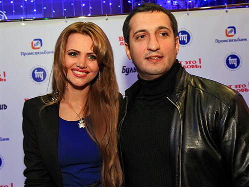 Арарат Кещян с женой Екатериной Шепета