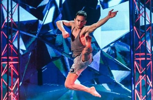 Одиночное выступление Ильшата Шабаева в шоу Танцы