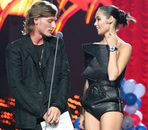 Павел Воля с красавицей женой Ляйсан Утяшевой
