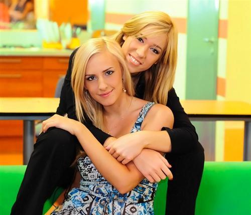 Надя Ермакова с лучшей подругой на проекте Олей Агибаловой