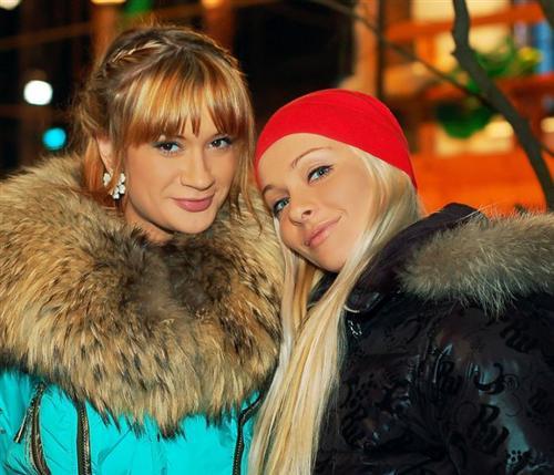 Наташа с лучшей подругой на шоу Еленой Бушиной