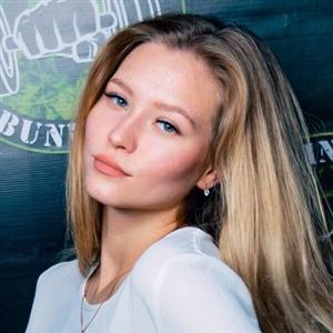 Александра Милосердова - фото из Инстаграм