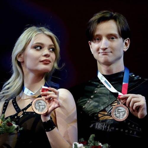 Фигуристка Анастасия Скопцова и Кирилл Алешин