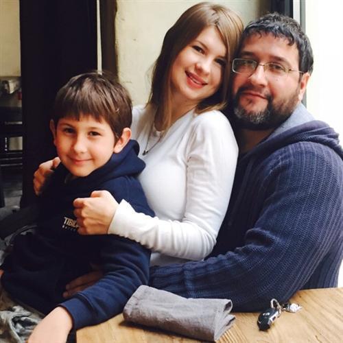 Анна Цуканова-Котт с мужем Александром и сыном Михаилом