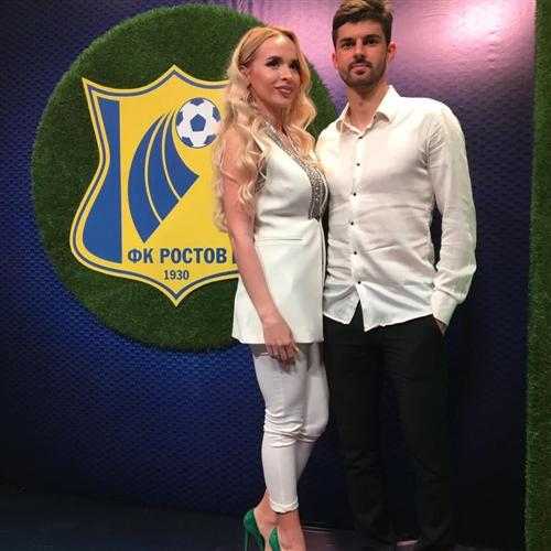 Жена футболиста Дениса Терентьева Анжелика