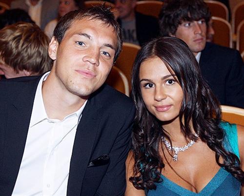 Артём Дзюба и его жена