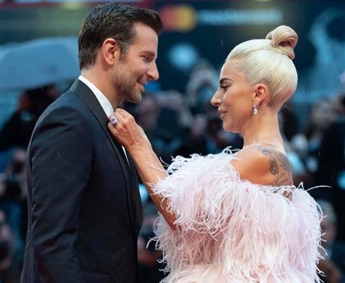 Брэдли Купер и Леди Гага закрутили роман