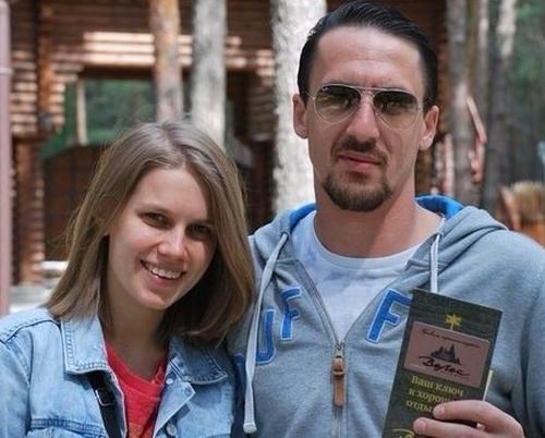 Дарья Мельникова и её муж Артур Смольянинов