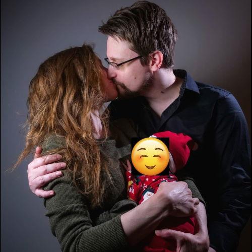 Эдвард Сноуден и его жена Линдсей Миллс