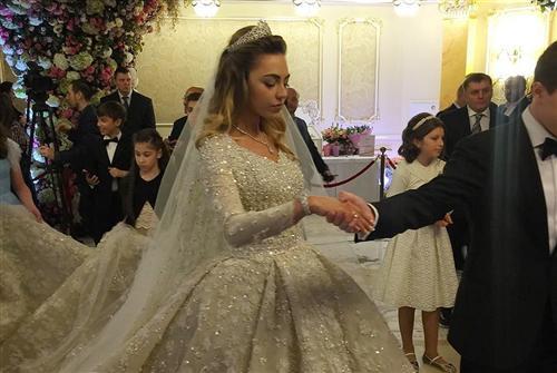 Хадижа Гуцериева (фото со свадьбы)