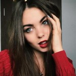 Илона Дмитриева
