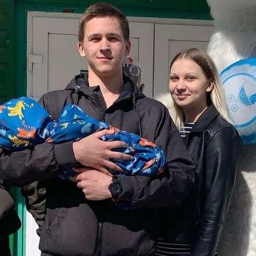 Илья и Алина из «Беременна в 16» (Ижевск)