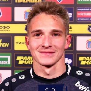 Илья Самошников