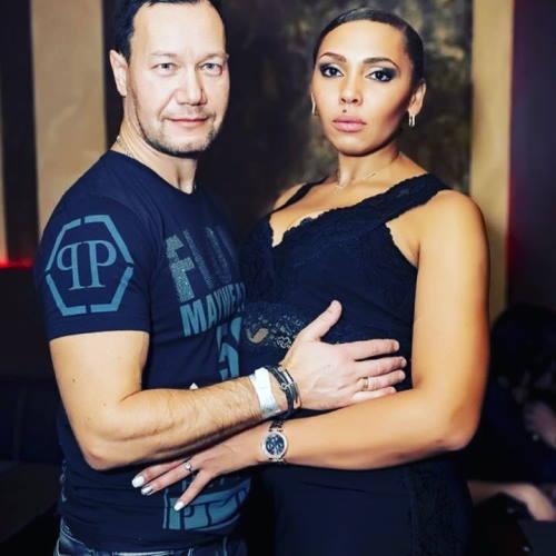 Модель-мулатка Инна Белова