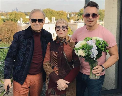 Инна Чурикова с мужем и сыном