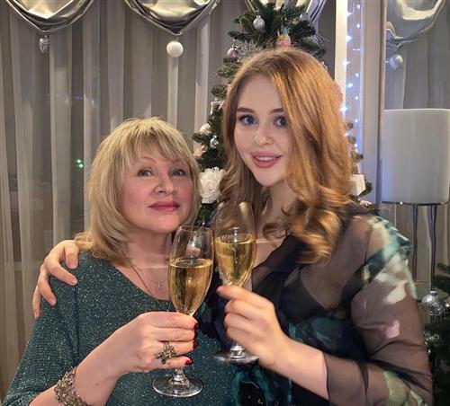 Ирина Грибулина и ее дочь Анастасия
