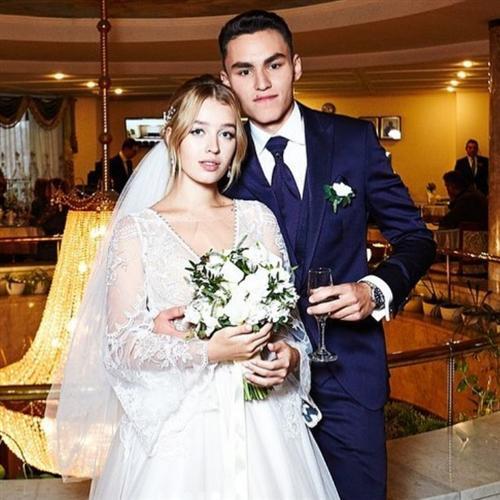 Кирилл Андреев-младший и его жена Аделина