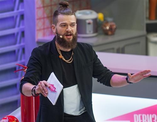 Кирил Нагиев ведущий Ревизорро шоу