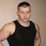 Максим Артамонов