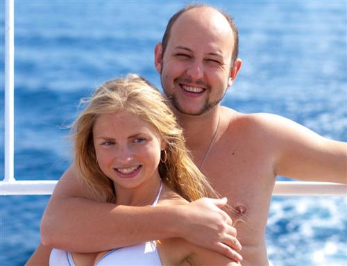Депутат Михаил Хананашвили и его жена (фото на отдыхе)