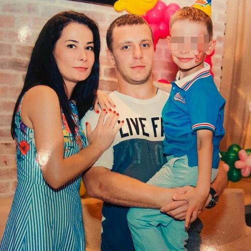 Хоккеист Михаил Варнакова и его жена Ольга Варнакова