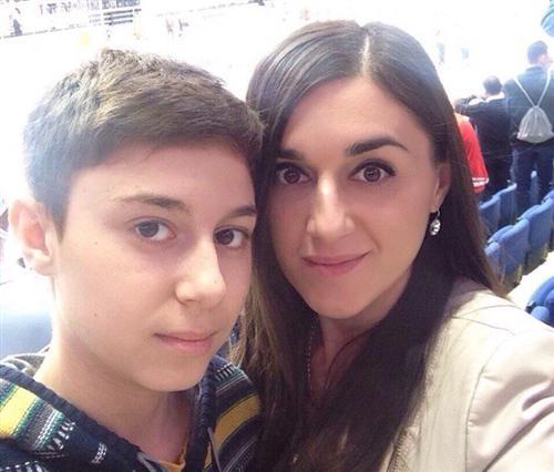 Мухаммед Абу-Ризик и его мама