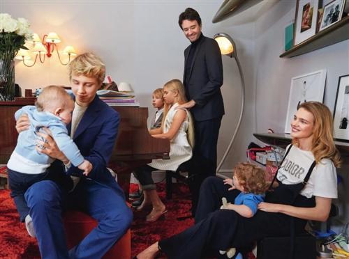 Наталья Водянова с мужем Антуаном Арно и детьми (фото 2017)