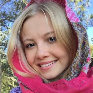 Полина Булаткина - фото из Инстаграм