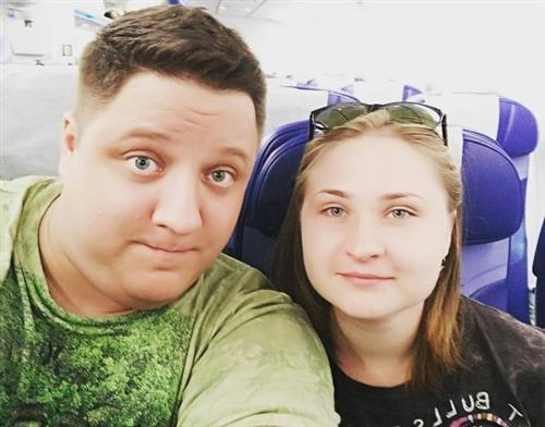 Роман Попов и его жена Юля