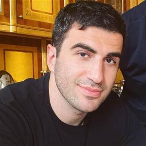 Саркис Карапетян