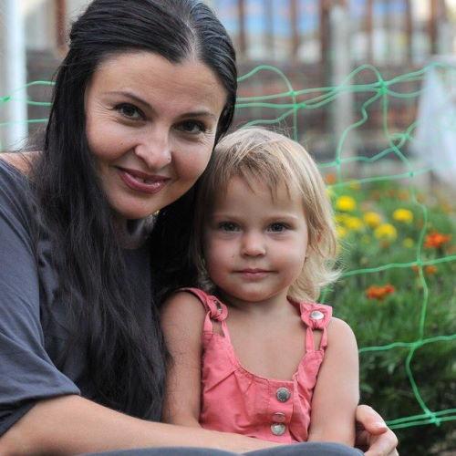Певица Светлана Владимирская с внучкой