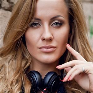 Татьяна скаковская заработать моделью онлайн в апшеронск