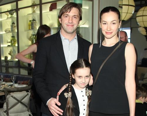 Владимир Вдовиченков с бывшей женой Ольгой Филипповой и дочкой
