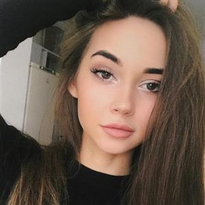 Яна Неделкова - фото из Инстаграм